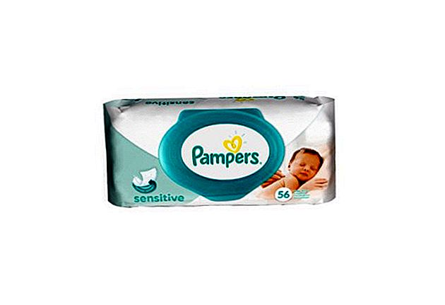 Pampers Sensitive Wipes Преглед